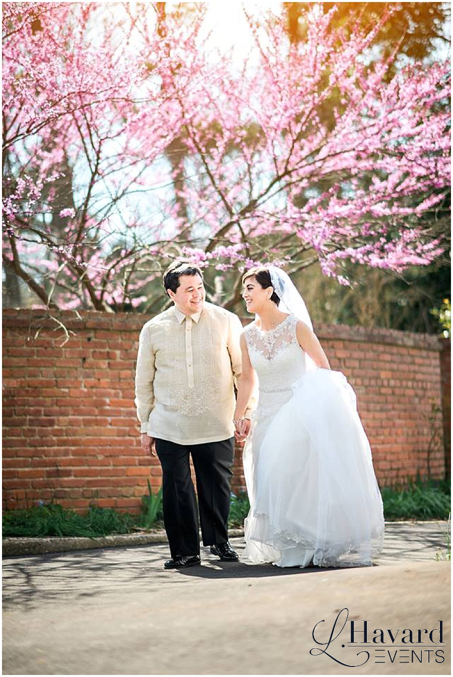 dc-cherry-blossom-wedding-river-farm-garden-photo